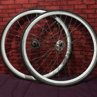 Wheelset 700c with 23mm Tyre