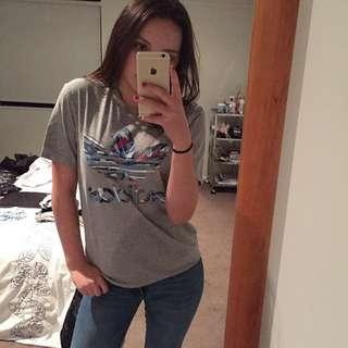 ADIDAS tshirt - small
