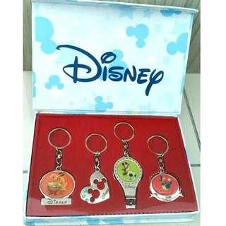 🆕HK Disneyland Keychains Set