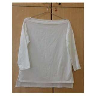 白色棉質一字領上衣