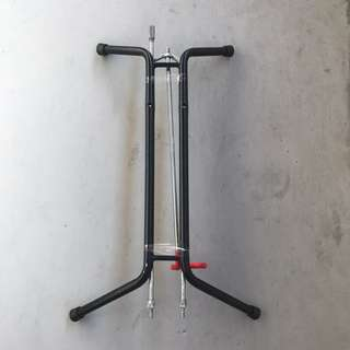 Bicycle L-stand