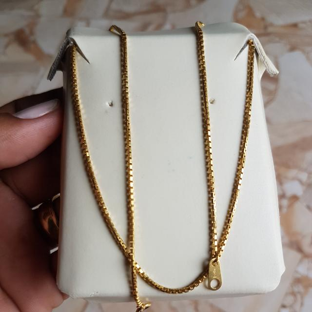 18k Japan Gold Necklace 16 Inches