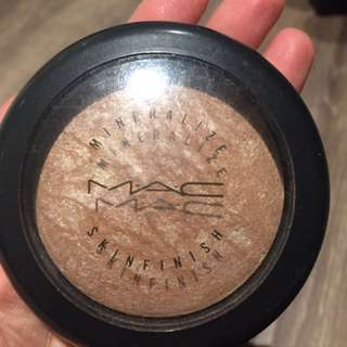 Mac Soft And Gentle Highlight