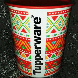 Toples Can Tupperware