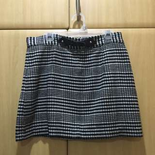 Zara TRF Vintage-Style Tweed Skirt