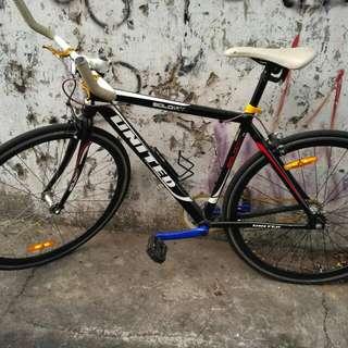 Dijual Cepat Sepeda Fixie Merk UNITED