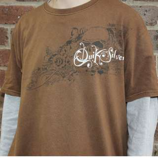 Quicksilver T-Shirt - Size Large