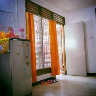 Sewa / Kost 1 Kamar Besar / Ruangan Besar