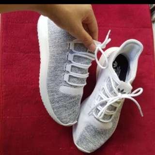 Adidas Sport / Fashion Shoe