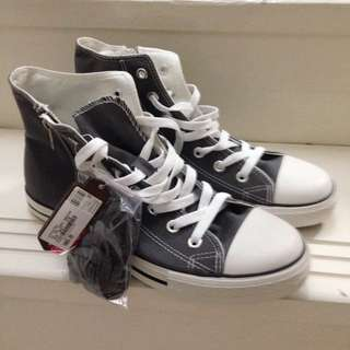 Shoopen High Cut Sneaker