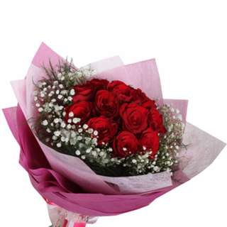 Red roses classic look bouquet - julet