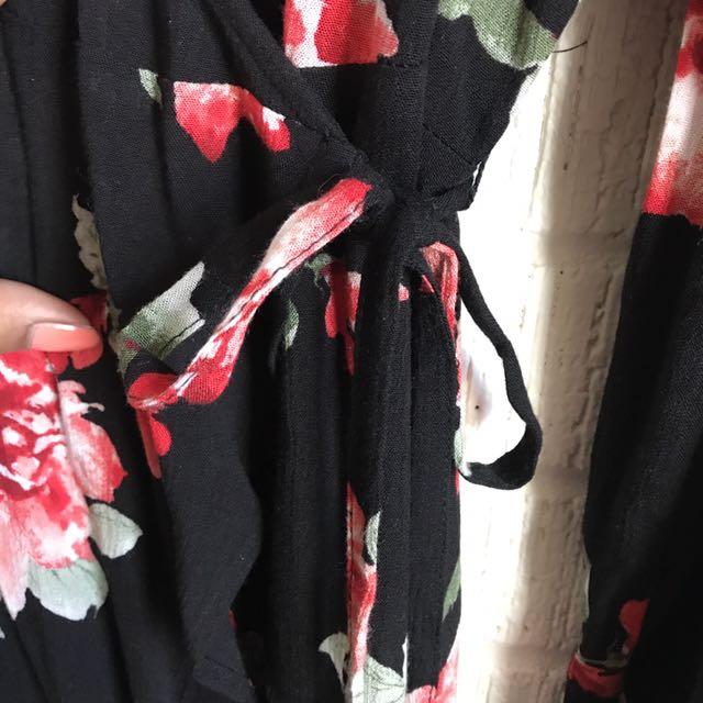 3X F21+ Floral Maxi Wrap Dress