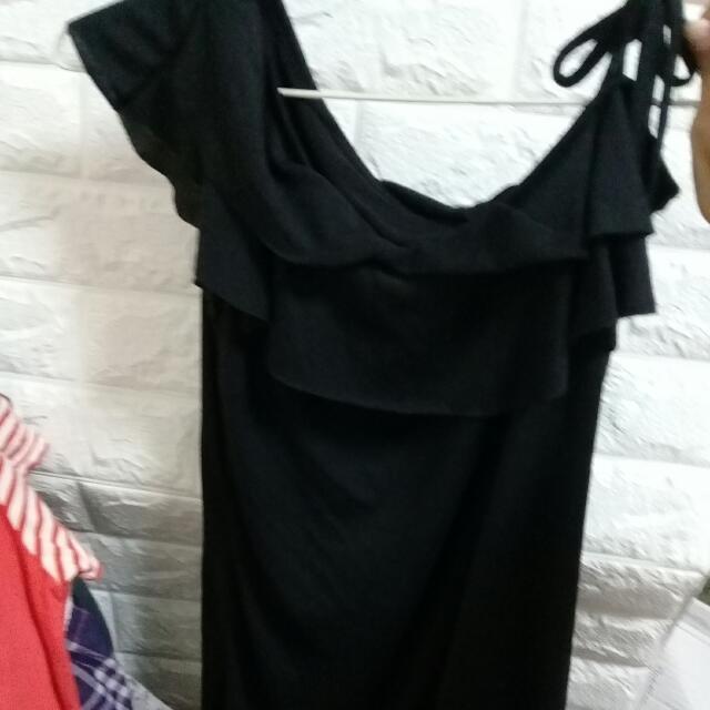 (二手)無袖荷葉邊造型上衣#含運最划算