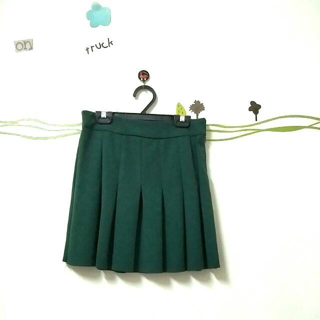 墨綠色超有質感學生風a字裙百褶裙 #交換最划算