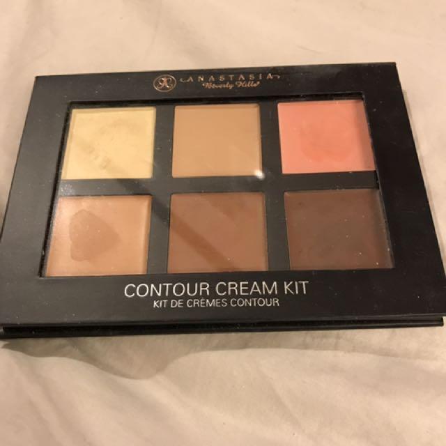 ABH Cream Contour Kit in Medium