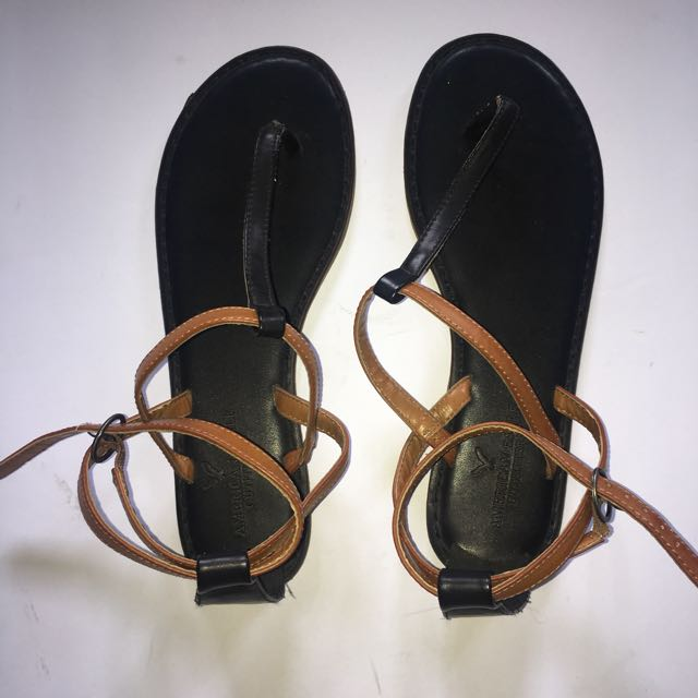 American Eagle Strapped Tong Sandals