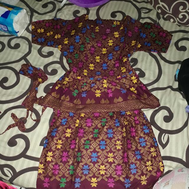 Baju Kondangan Bali