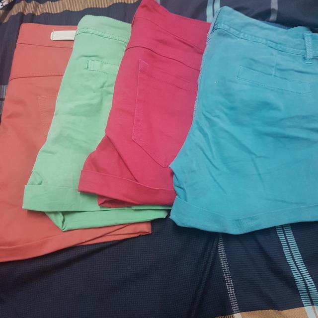 4 Branded Short For 300