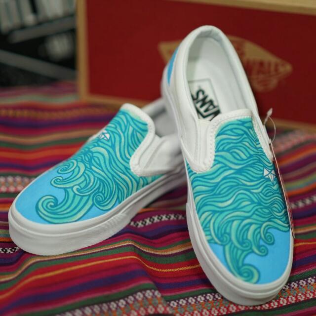 dfe9437cf3be Brand NEW Custom PAINTED Vans SLIP ONS
