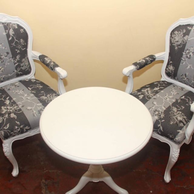 Chairs And Coffee Table Set