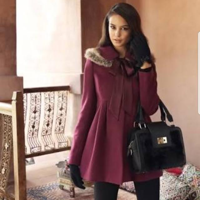Forever New Maroon Fur Coat - Size 8