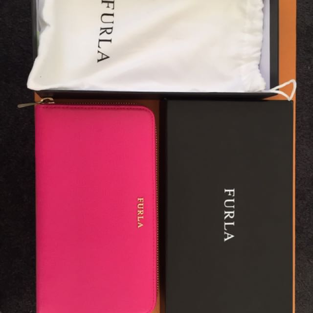 FURLA Saffiano Leather wallet Babylon in Hot Pink 💃