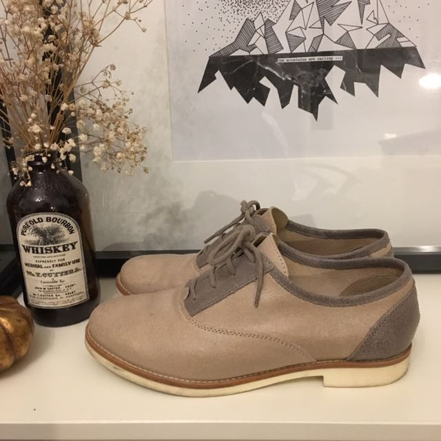 GEOX Beige Oxford Style Shoes