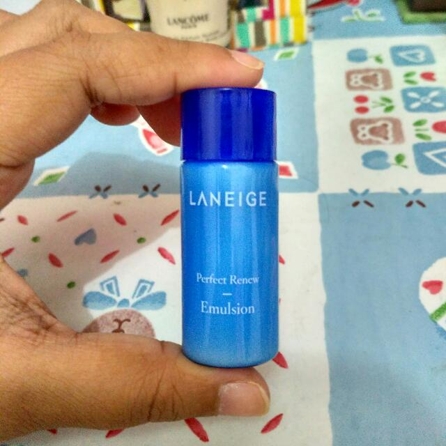Laneige Perfect Renew Emulsion Trial Size