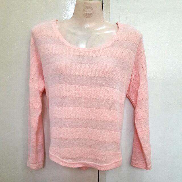 Long Sleeves Knitted Blouse