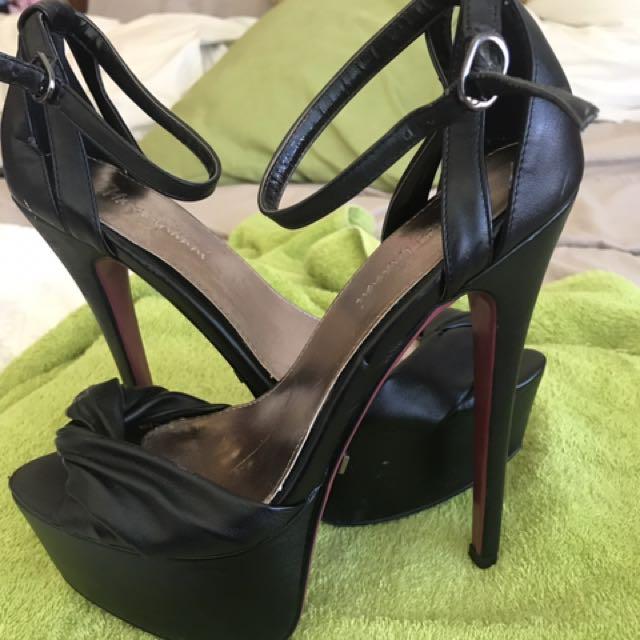 """MARCO GIANI Black 6"""" Heels Size 39"""