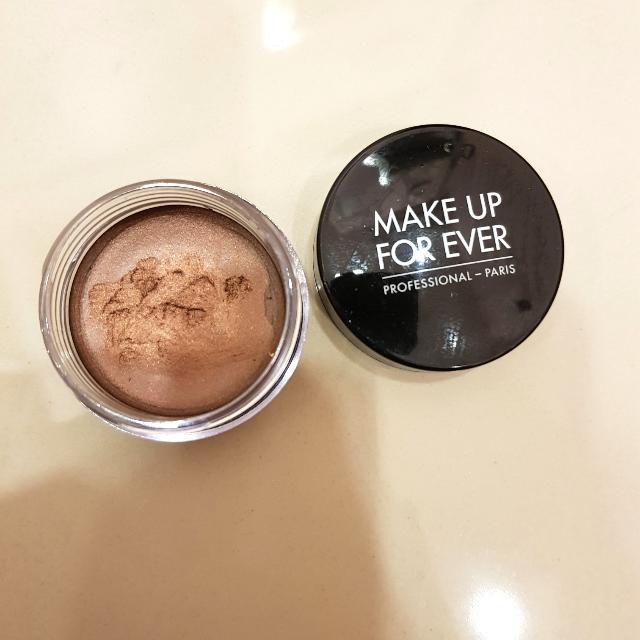 MUFE Cream Eyeshadow