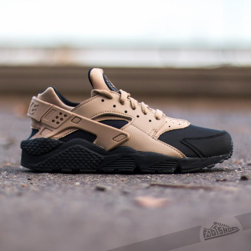 super popular df5a6 28d31 Nike Air Huarache Run Premium SE Black Desert Camo on Carous
