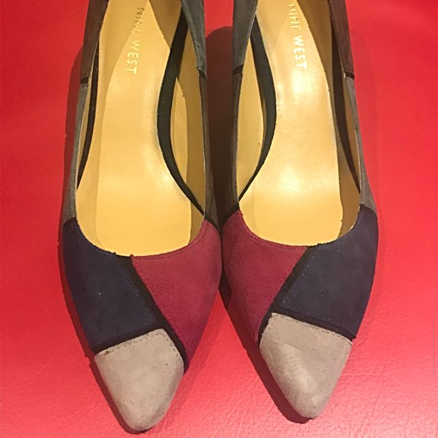 NINE WEST HEELS SIZE 6