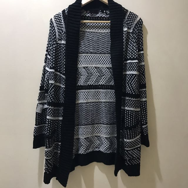 Pattern Knit Cardigan