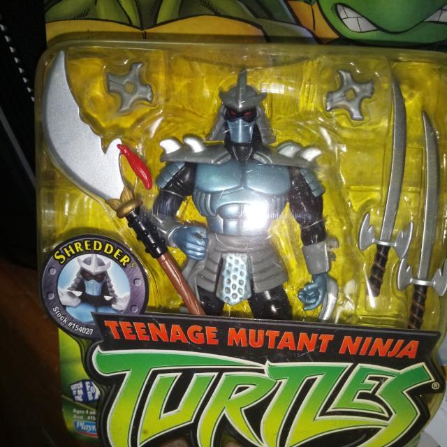 Playmates Teenage Mutant Ninja Turtles Shredder Action Figure