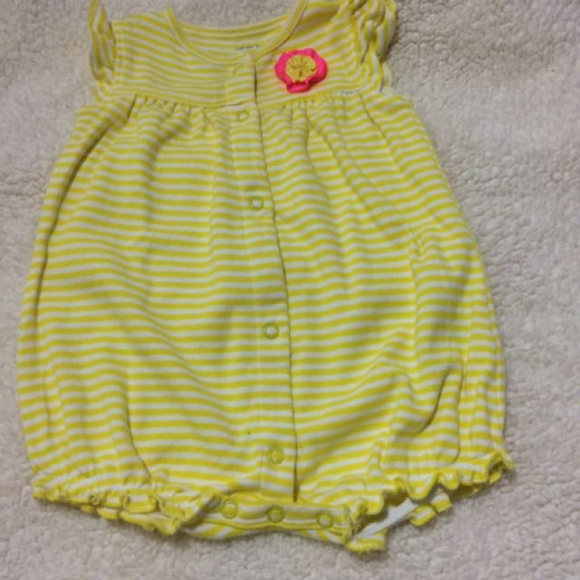 Preloved Carters yellow romper 9 months