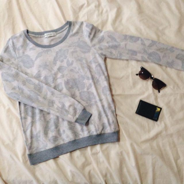 [PRELOVED] Grey Sweater