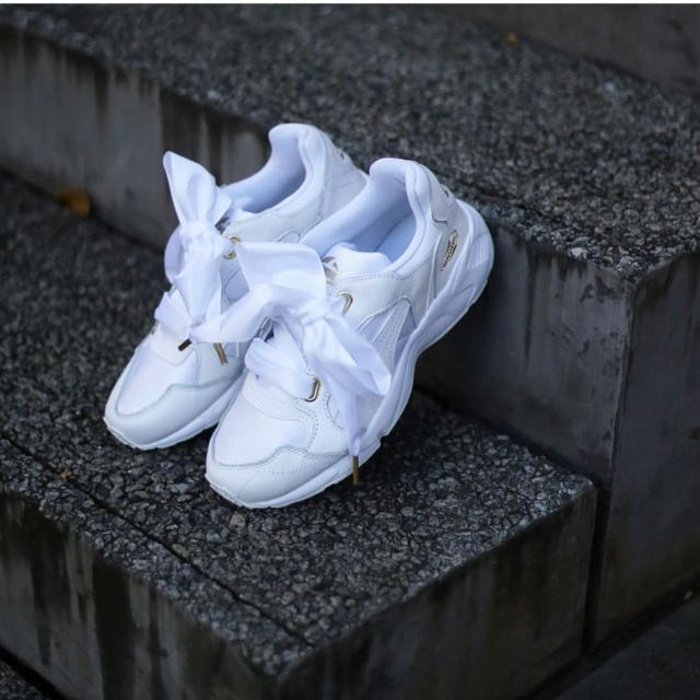 c92fa98d008 Authentic Puma Prevail Heart Women's White Sneaker, Women's Fashion, Shoes  on Carousell