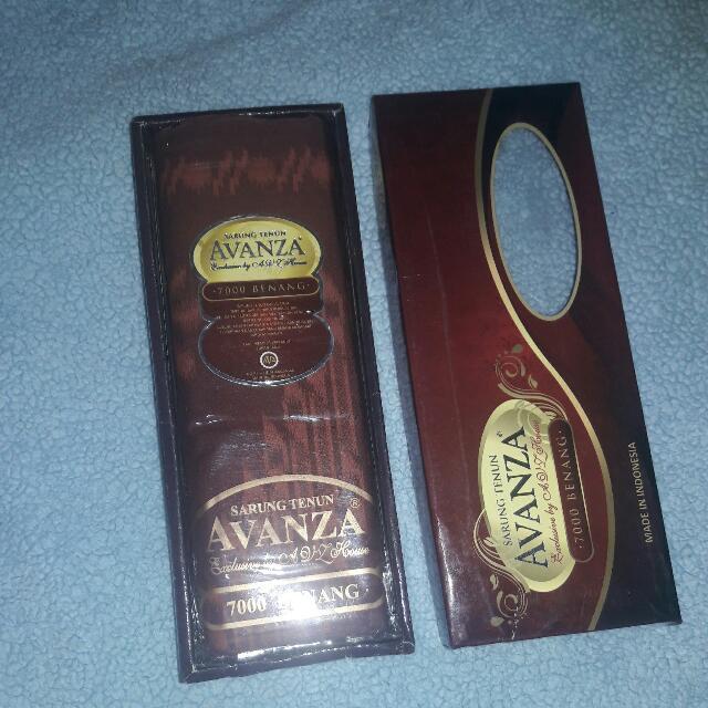Sarung Avanza