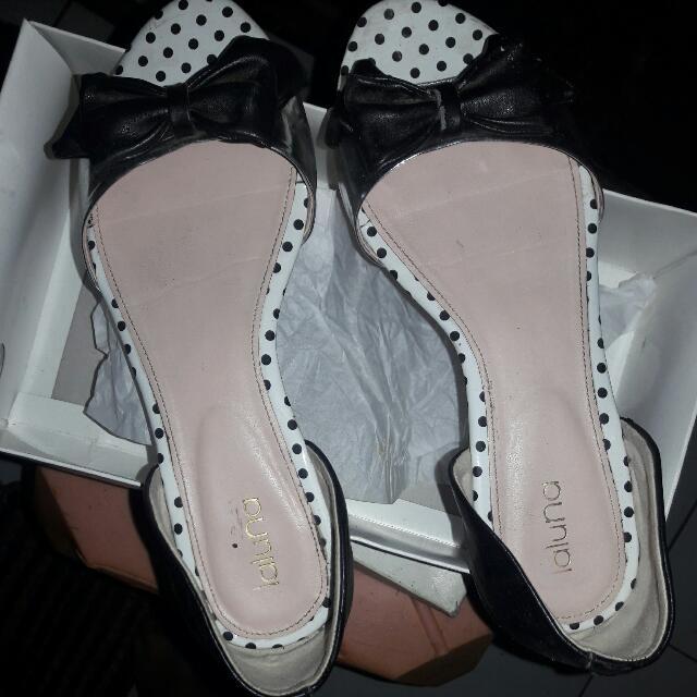 Sepatu Laluna