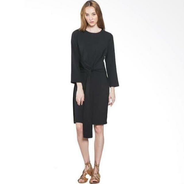 Shopatvelvet Black Dress