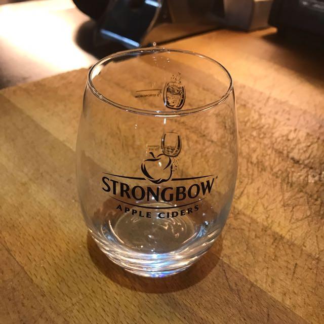 全新Strongbow 酒杯