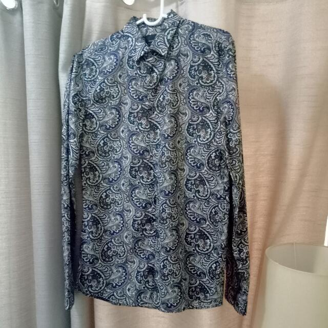 (Repriced) Uniqlo | Printed Long Sleeves