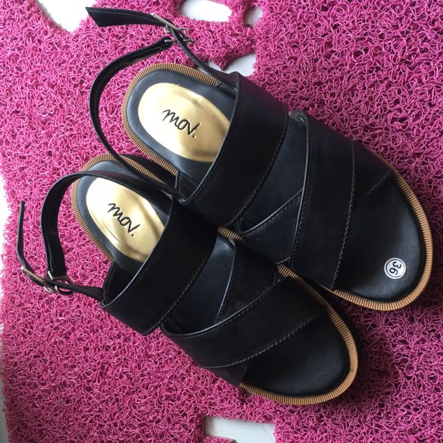 Vani Black Faux Leather