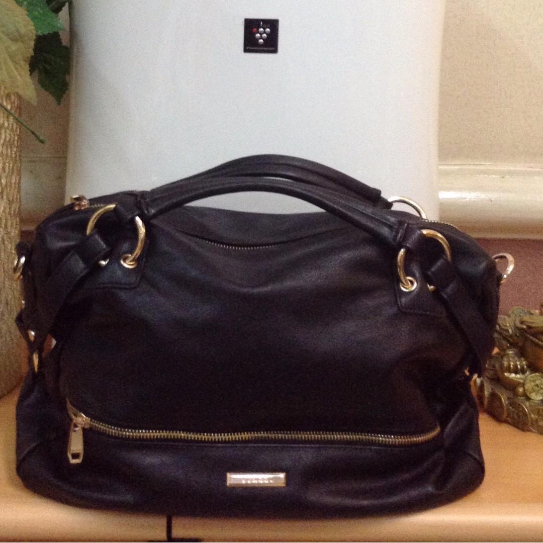 Vincci Handbag with Zip Top