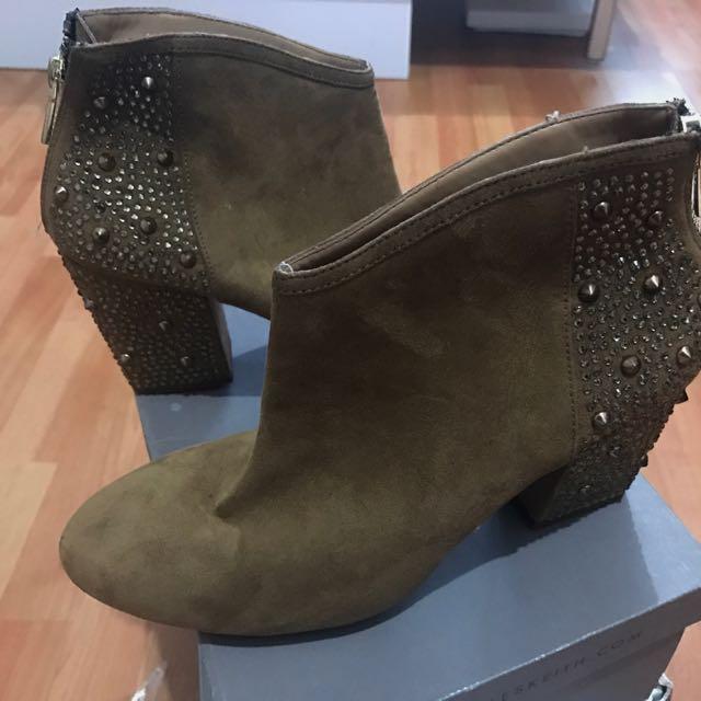 Zara Basic Boots Warna Brown