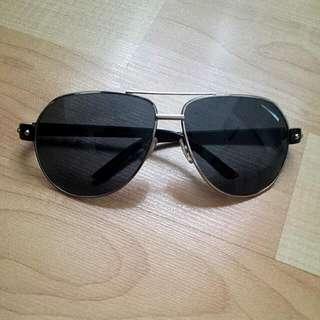 BNWT Black Sunglasses