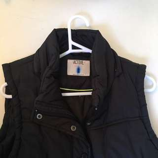 COTTON ON Black Puffer Vest