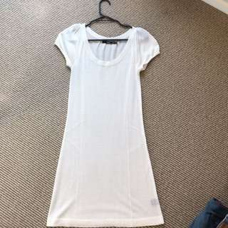 White Tshirt Dress Size 8