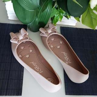 iberyl jelly shoe